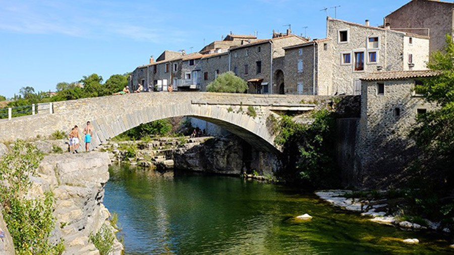Stone bridge at Ribaute