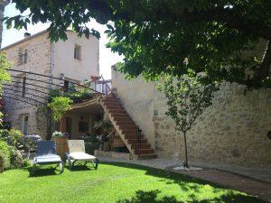 Accès privatif par les escaliers à votre terrasse