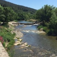 Take a stroll along the L'Orbieu river in Lagrasse